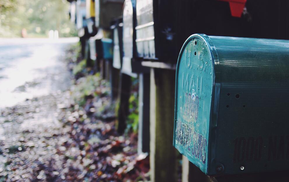 https://www.indinero.com/wp-content/uploads/2011/01/mailbox.jpeg