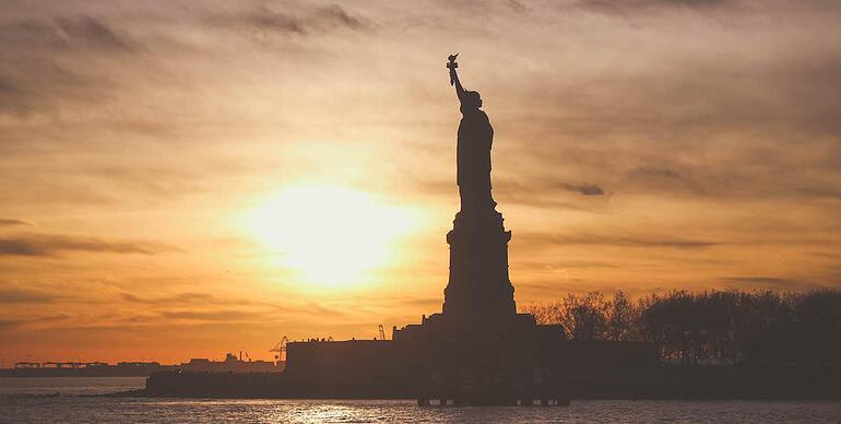https://www.indinero.com/wp-content/uploads/2016/10/statue-of-Liberty-pexels-photo1200x600.jpg